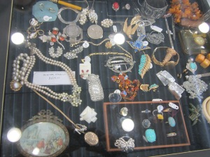 Elaine Barre -Jewellery Case